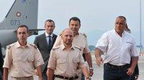 бойко-борисов-посрещна-освободените-български-пилоти-на-летище-софия-2230.jpg