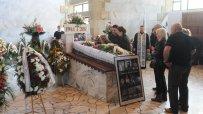 Бургас се сбогува с големия борец Янчо Патриков