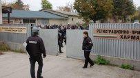 стотици-мигранти-опитаха-да-напуснат-приемателния-център-в-харманли-38988.jpg