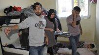 изведоха-от-лагера-в-харманли-20-мигранти-участвали-в-бунта-40059.jpg