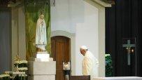 папа-франциск-призова-за-мир-44850.jpg