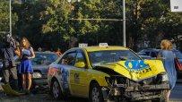 катастрофа-с-такси-блокира-quot;цариградско-шосе-quot;-48026.jpg