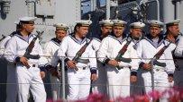 министър-каракачанов-дойде-на-празника-на-военните-моряци-във-варна-48070.jpg