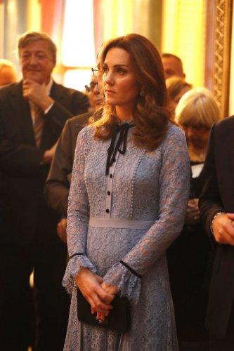 вижте-бременната-херцогиня-катрин-49893.jpg