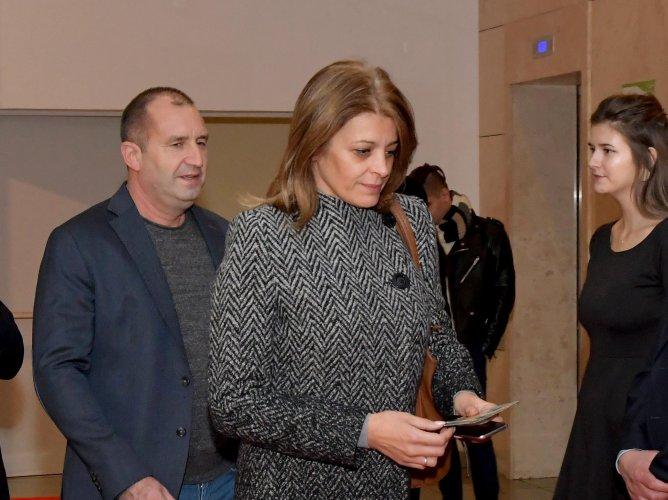 събития-президент-и-министър-за-първи-път-на-премиера-на-български-филм-50898.jpg