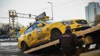 катастрофа-между-две-коли-затрудни-движението-около-ндк-52132.jpg