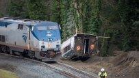 трима-загинали-при-дерайлирането-на-влака-в-щата-вашингтон-52334.jpg