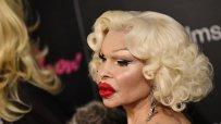 Транссексуалната икона Аманда Лепор скандализира с ексцентрична визия