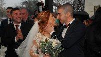 кметът-на-бургас-венча-няколко-двойки-по-случай-свети-валентин-54082.jpg