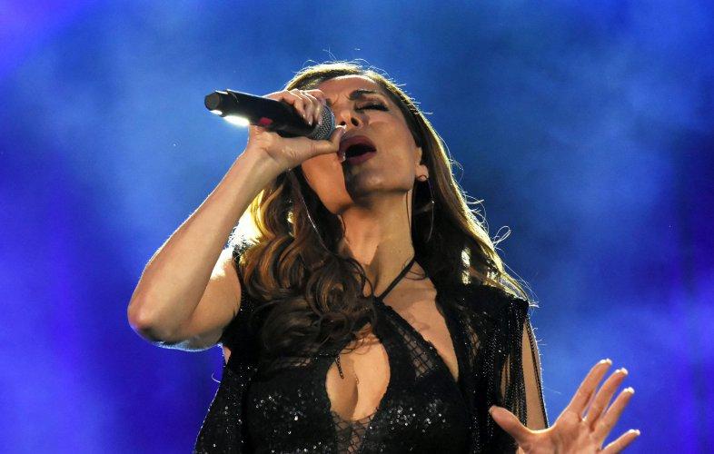 гръцката-поп-дива-деспина-ванди-изнесе-концерт-в-софия-55154.jpg