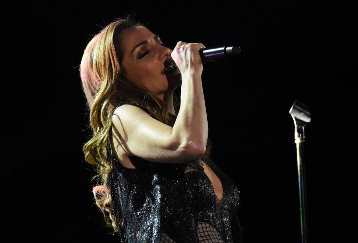 гръцката-поп-дива-деспина-ванди-изнесе-концерт-в-софия-55156.jpg