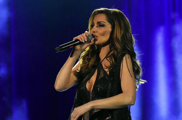 гръцката-поп-дива-деспина-ванди-изнесе-концерт-в-софия-55157.jpg