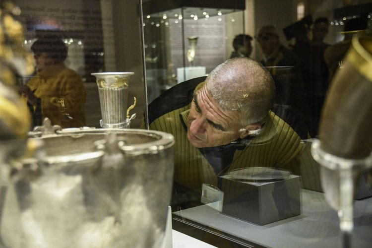 изложба-от-личната-колекция-на-васил-божков-преразказва-мита-за-златното-руно-55269.jpg