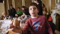 в-етнографския-музей-малки-и-големи-се-учеха-да-украсяват-великденски-яйца-по-стара-восъчна-технология-55607.jpg
