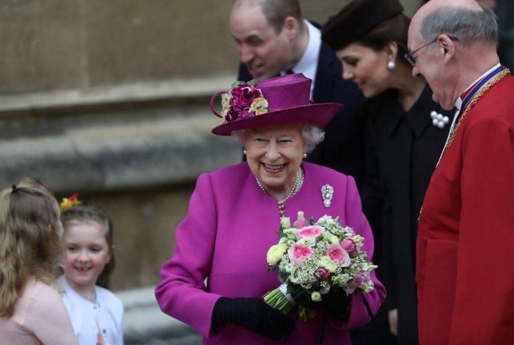 кралското-семейство-присъства-на-великденската-служба-в-уиндзор-56018.jpg