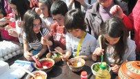 деца-участваха-във-великденска-багрилница-на-велики-четвъртък-56147.jpg