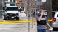 Ван прегази пешеходци в Торонто