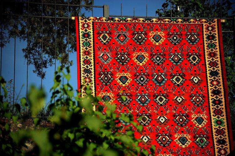 за-пета-година-чипровци-организира-quot;фестивал-на-чипровския-килим-quot;-57227.jpg