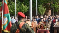на-празника-на-армията-осветиха-бойните-знамена-57265.jpg