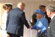 Тръмп се срещна с Елизабет Втора в Уиндзорския замък