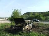 Кола изгоря след катастрофа край Любимец