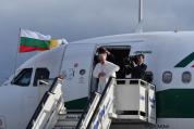 Папа Франциск си тръгна от България