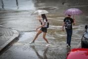 Пореден проливен дъжд се изля над София