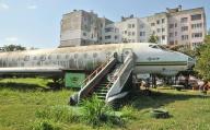 Почистват самолет Ту-134 превърнал се в символ на Силистра