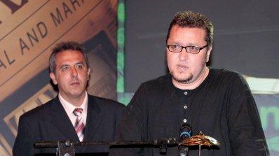 Гардиън: Шоуто на Карбовски е прокълнато