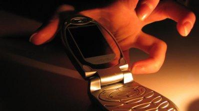 Договорите с мобилните оператори - безсрочни