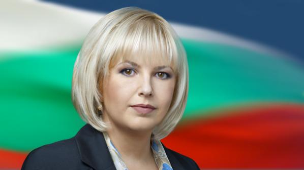 Мария Капон отмени предизборната си кампания вчера заради трагедията в Катуница