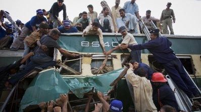 Автобус уби 26 в Пакистан