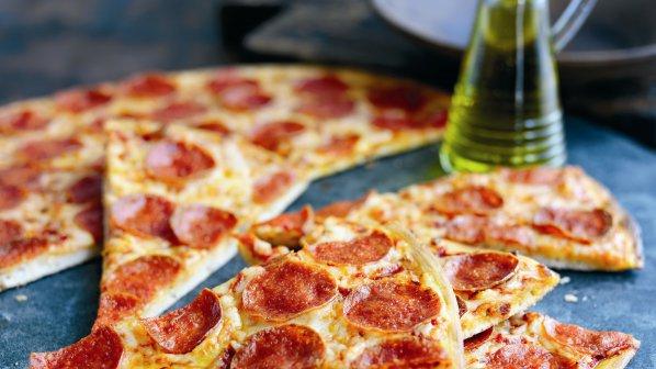 Машина за пица готви за 2 минути
