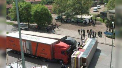 10 души загинаха при автобусна катастрофа в Китай