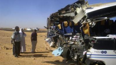 10 загинаха при автобусна катастрофа в Египет