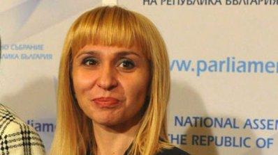 Диана Ковачева не разбира мотивите за оставката на Коларов