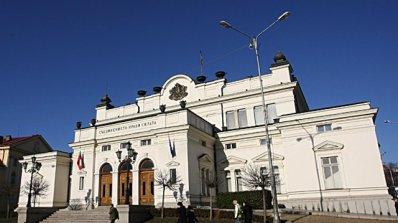 Мая Манолова се оказа най - активна в парламента
