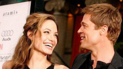 Анджелина иска бившите си на сватбата