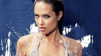 И щерката на Анджелина Джоли влиза в киното