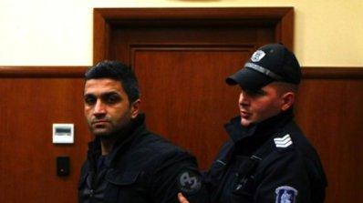 Биячът на Наглите в затвора за 5 г. за рекет