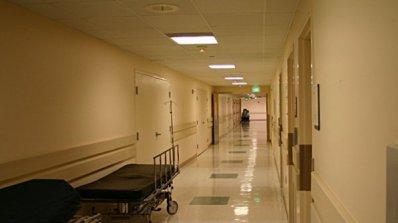 Благодарен баща дари на болница апарат за 150 000 лева