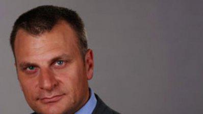 Червените поискаха оставката на Мирослав Найденов