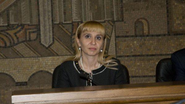 """Диана Ковачева оцени работата си с """"шестица"""" (видео)"""