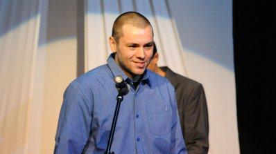 Ицо Хазарта кълчи кълки в Денсинг Старс за 7 бона на седмица