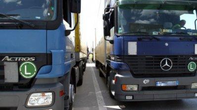 Срив в системите на митниците изнерви шофьори на камиони