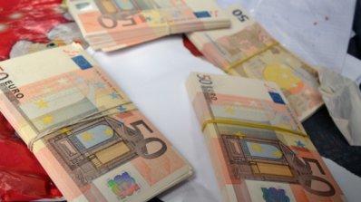 Иззеха контрабандна валута от капитан на танкер в Бургас