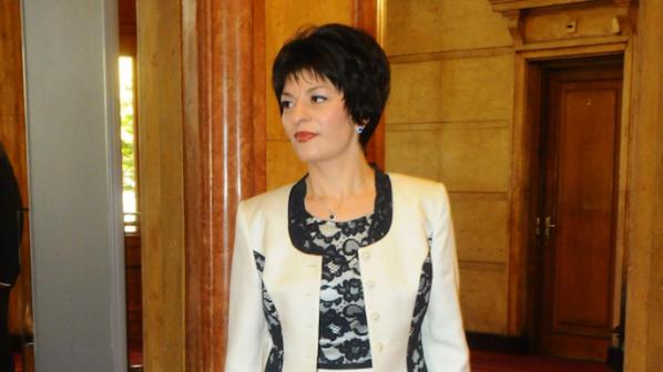 Атанасова: Ще предложим мерки за защита на медиците