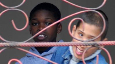 Бият децата от интернат с бухалки