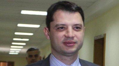 Делян Добрев и Асен Василев си прехвърлят топката за плащанията за Белене