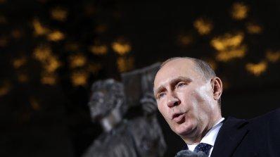 Путин: Събитията в Киев са подготвени отвън. Янукович: По-добре лош мир, отколкото добра война